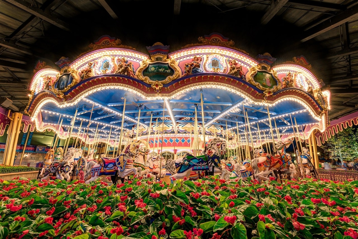 Prince Charming Regal Carousel of Light & Color