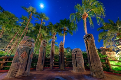 Adventureland Tiki Statues