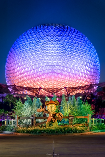 National Park Mickey's Spaceship Earth